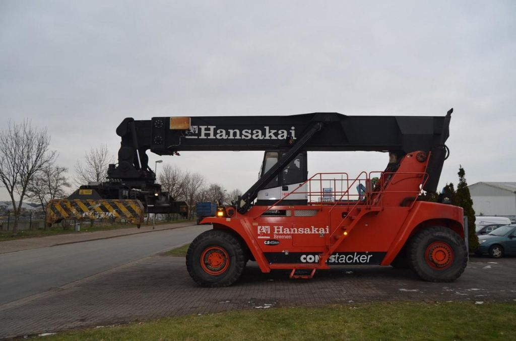 Fantuzzi CS45KM Vollcontainer Reachstacker www.hinrichs-forklifts.com