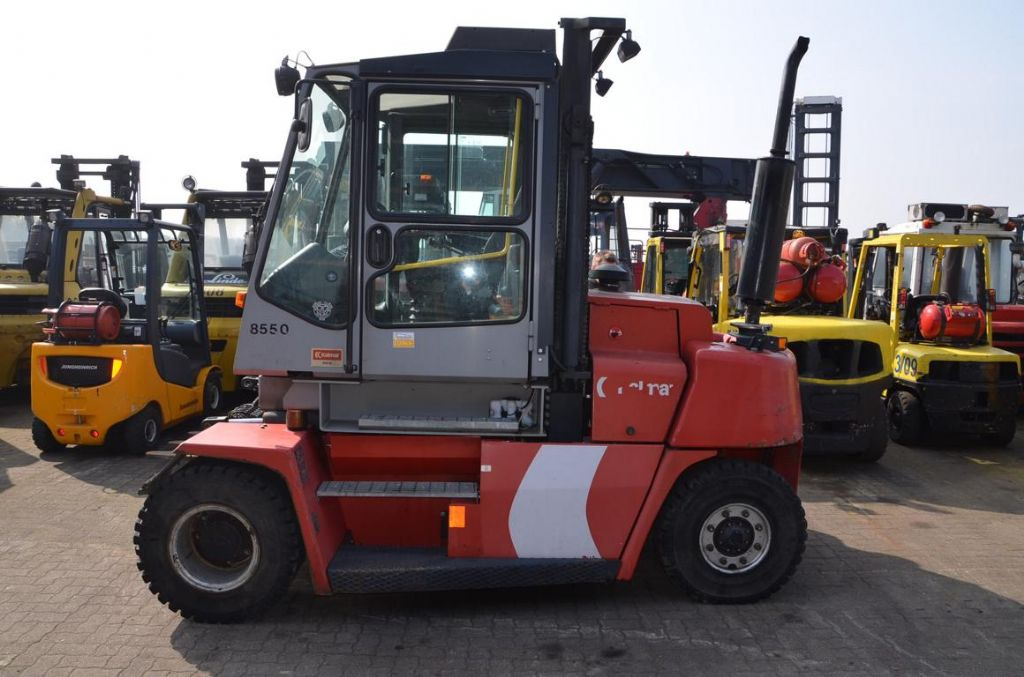 Kalmar DCE80-6HE Dieselstapler www.hinrichs-forklifts.com