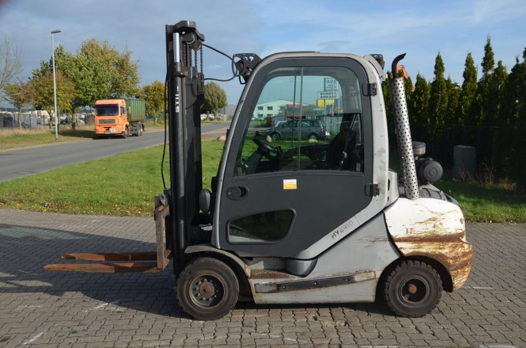 Still-RX70-35-Dieselstapler-www.Hinrichs-Forklifts.com