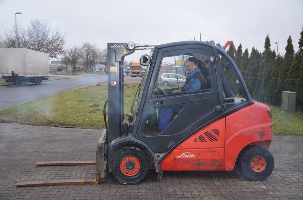 Linde H35D Dieselstapler www.hinrichs-forklifts.com