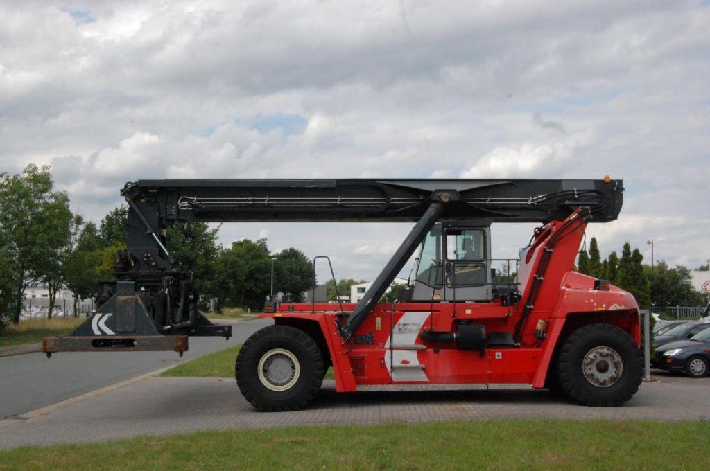 Reachstacker-Kalmar-DRF450-60S5