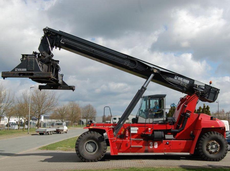 Reachstacker-Kalmar-DRF450-65S6