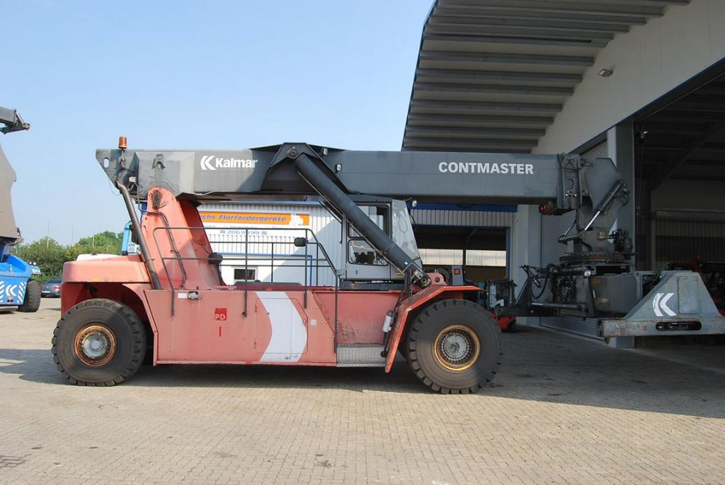 Kalmar-DRS4531S5-Vollcontainer Reachstacker