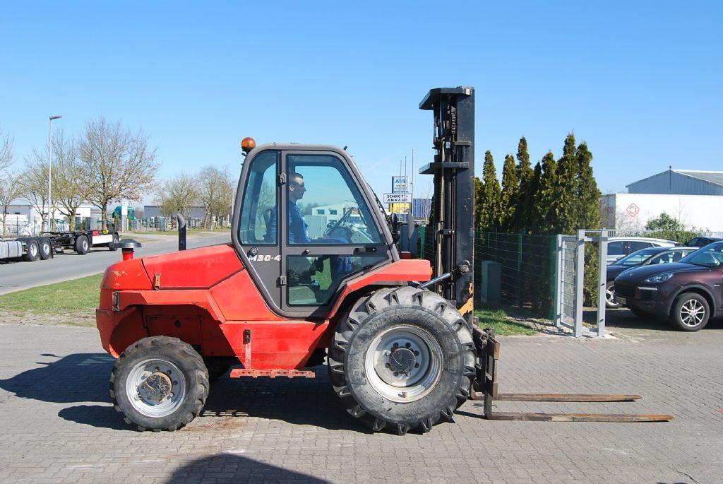 Manitou-M30.4 (4-wheel-drive)-Geländestapler www.hinrichs-forklifts.com