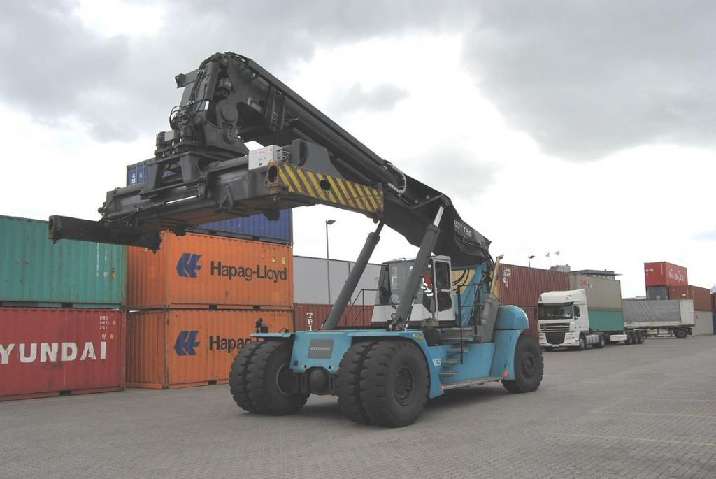 SMV-SC4531TB5-Vollcontainer Reachstacker
