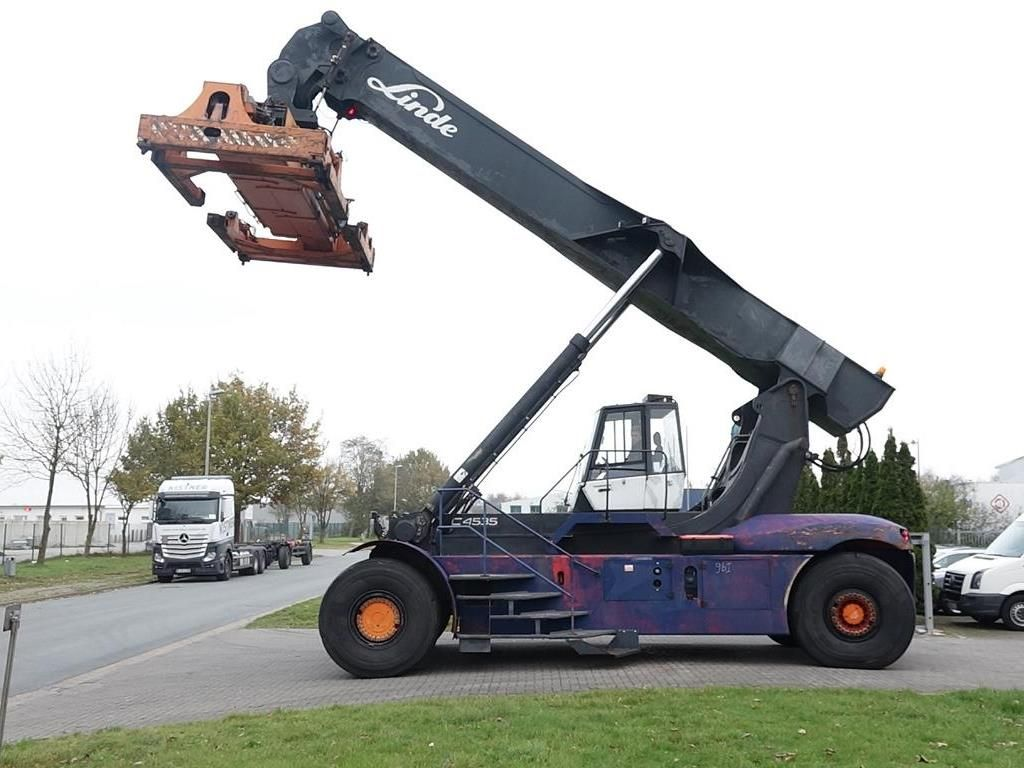 Linde C4535TL5 Vollcontainer Reachstacker www.hinrichs-forklifts.com