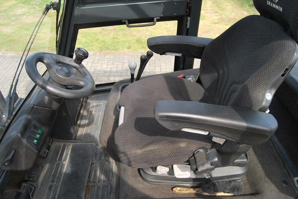 Linde-H80D-02-Dieselstapler www.hinrichs-forklifts.com