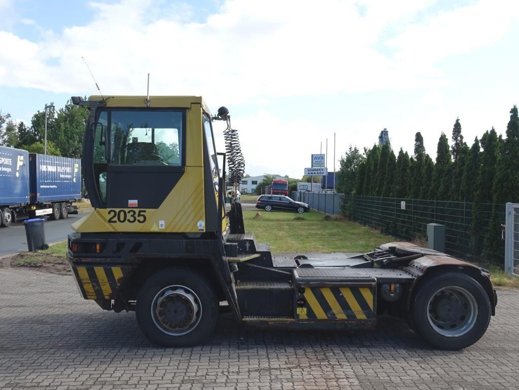 Terberg-RT222 4x4-Terminaltraktor
