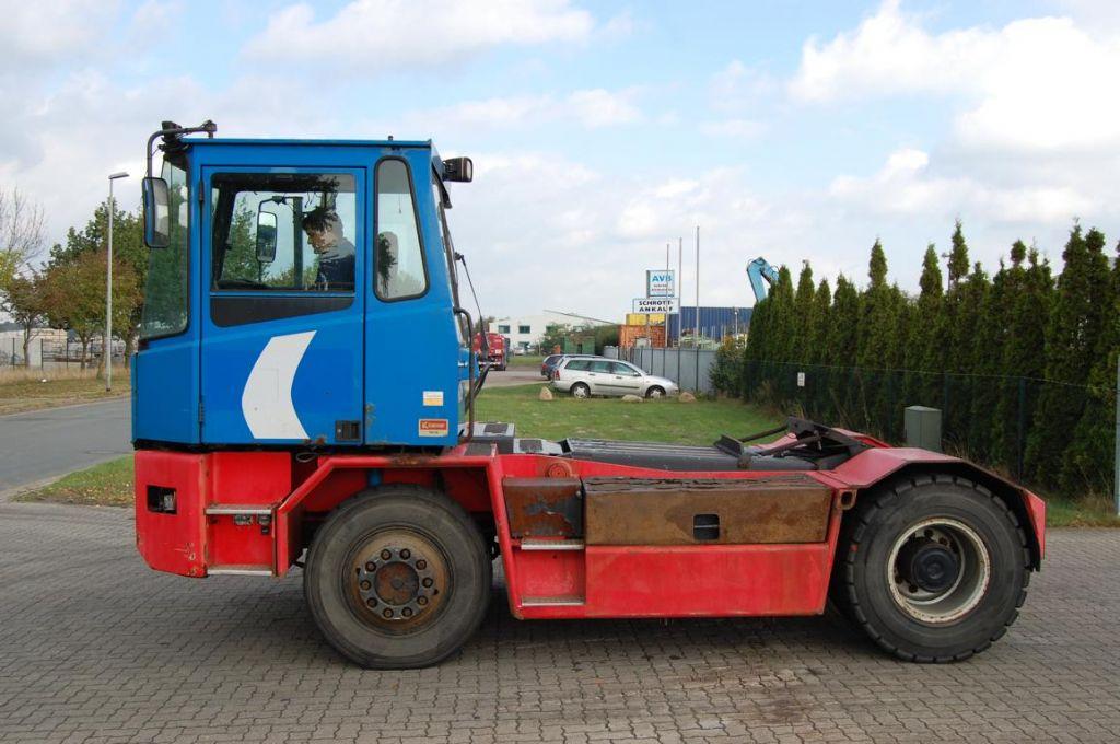 Kalmar-TRX182-Terminaltraktor-www.Hinrichs-Forklifts.com