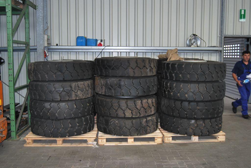 *Sonstige-12.00-20 PR/ Luft-Reifen, R�der und Felgen