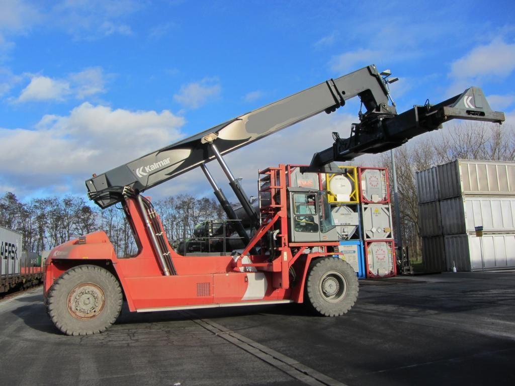 Reachstacker-Kalmar-DRF450-70S5XS