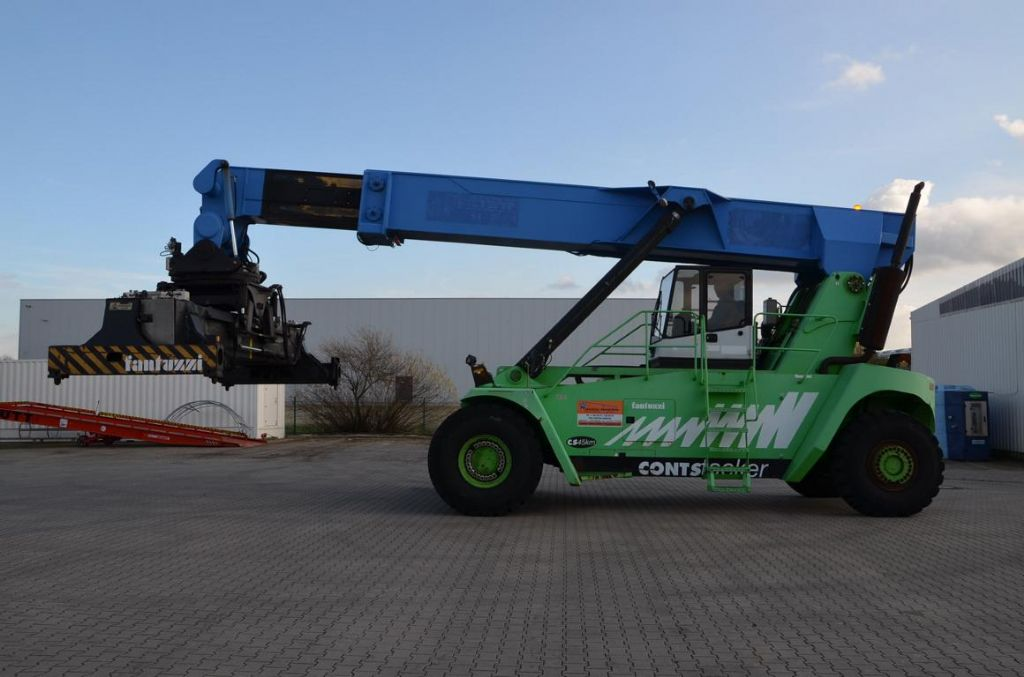 Reach Stacker-Fantuzzi-C545KM
