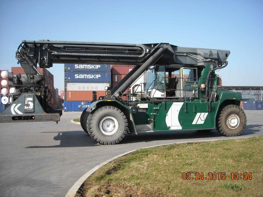 Kalmar DRS4531S5 Vollcontainer Reachstacker www.hinrichs-forklifts.com