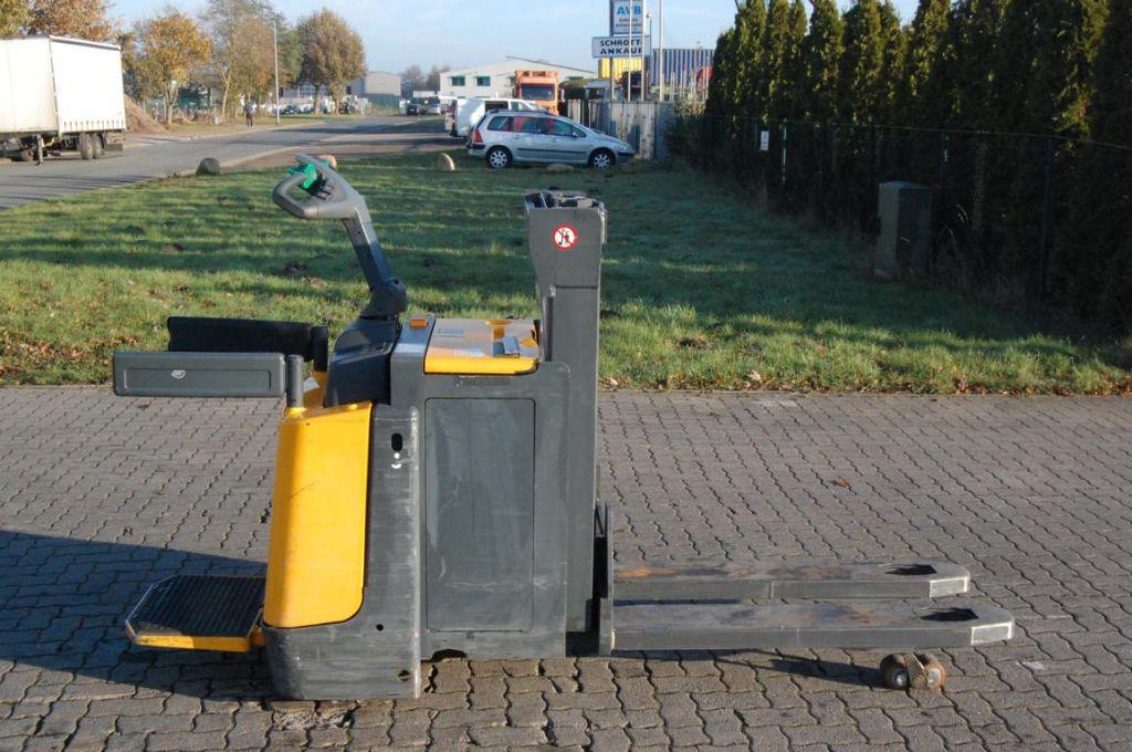 Jungheinrich ERD220 / G119-250DT Hochhubwagen www.hinrichs-forklifts.com