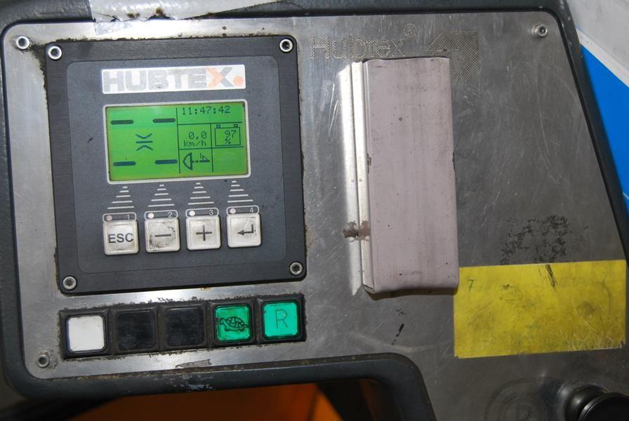 Hubtex-MQ35EL-AC(2125)-Vierwege Seitenstapler www.hinrichs-forklifts.com