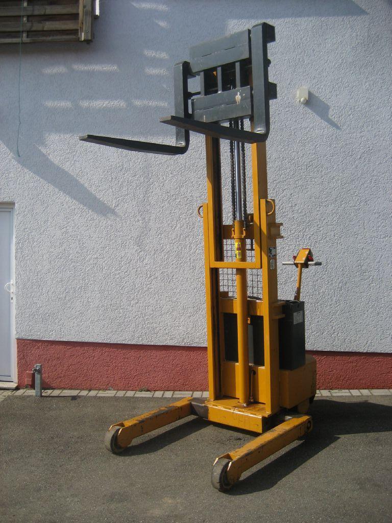 Baka-EGV 79-3000 SO-Deichselstapler-http://www.team-hosta.de