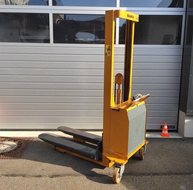 Baka-E 60-1005 B-Hochhubwagen-http://www.team-hosta.de