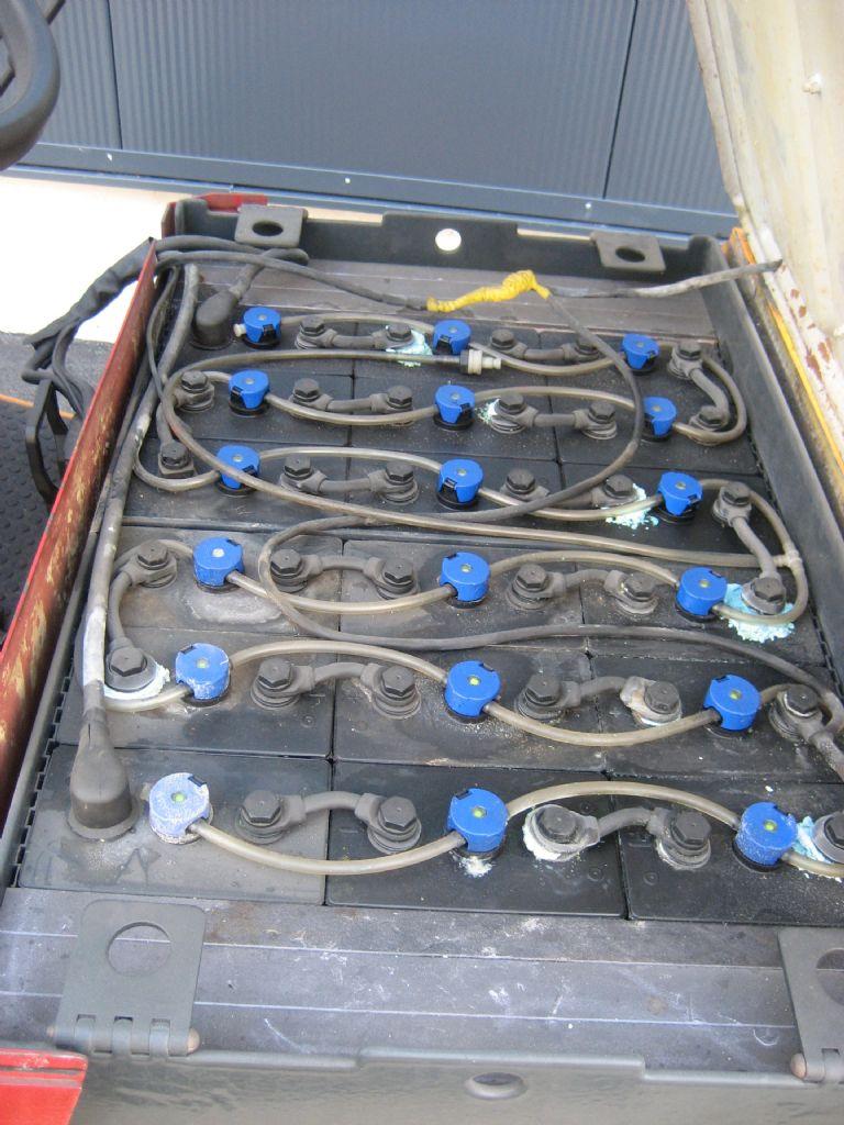 Fiat-E/3-15N-Elektro 3 Rad-Stapler-www.team-hosta.de