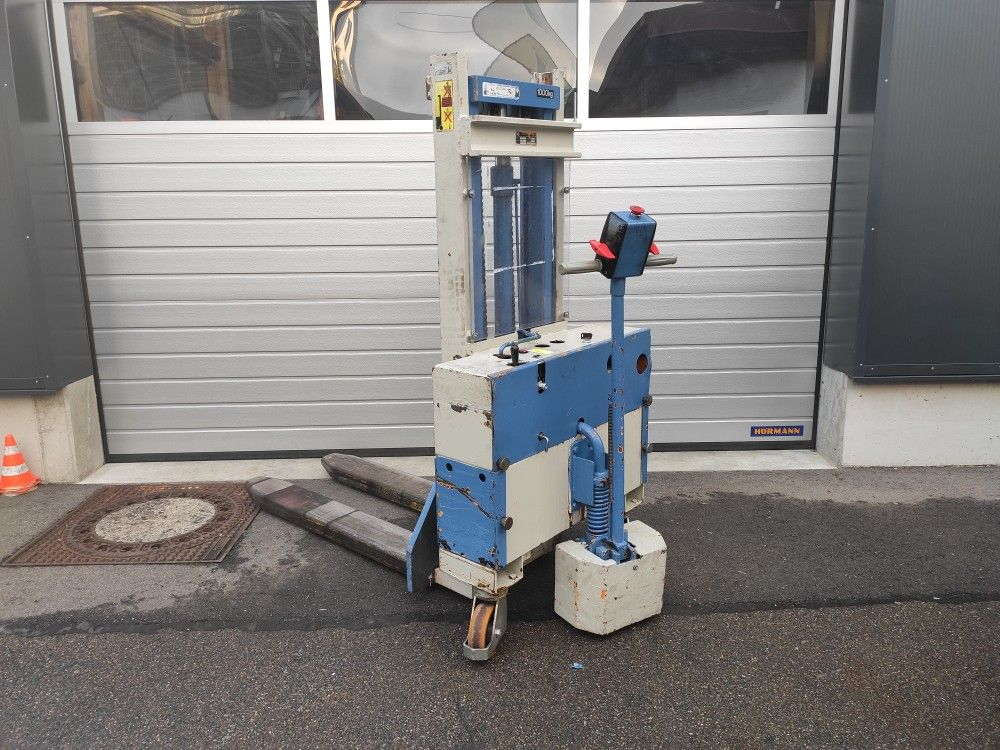 Larf-EGV 1,0/230-Deichselstapler-http://www.team-hosta.de
