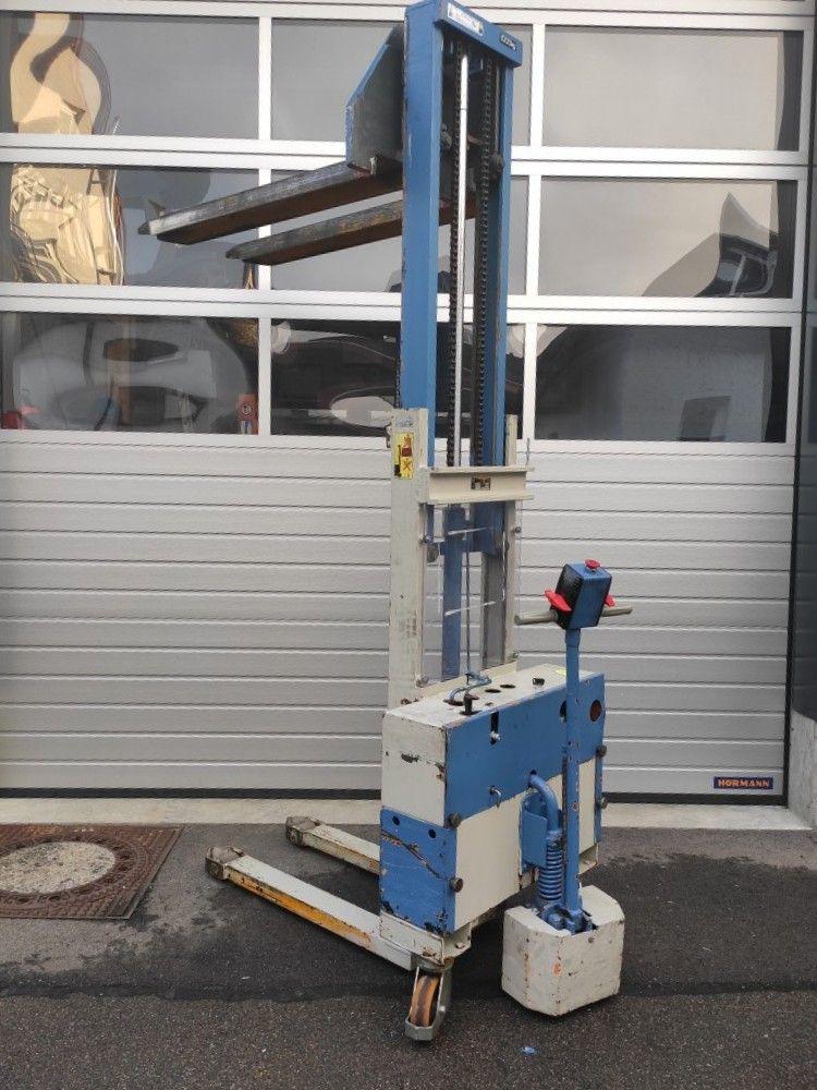 Larf-EGV 1,0/230-Deichselstapler-www.team-hosta.de