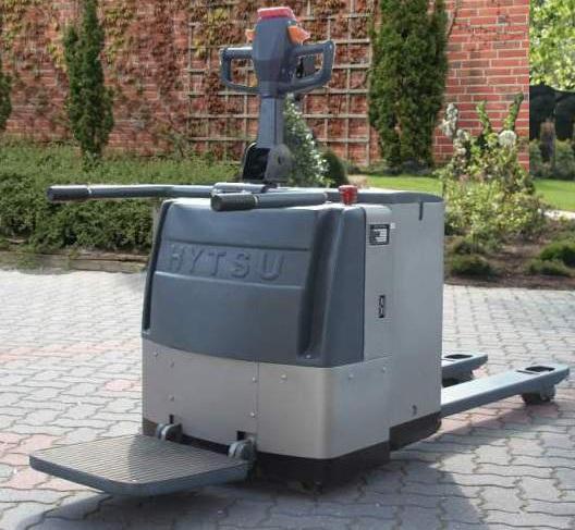Hytsu-XBE20-Niederhubwagen-http://www.hursky-stapler.at