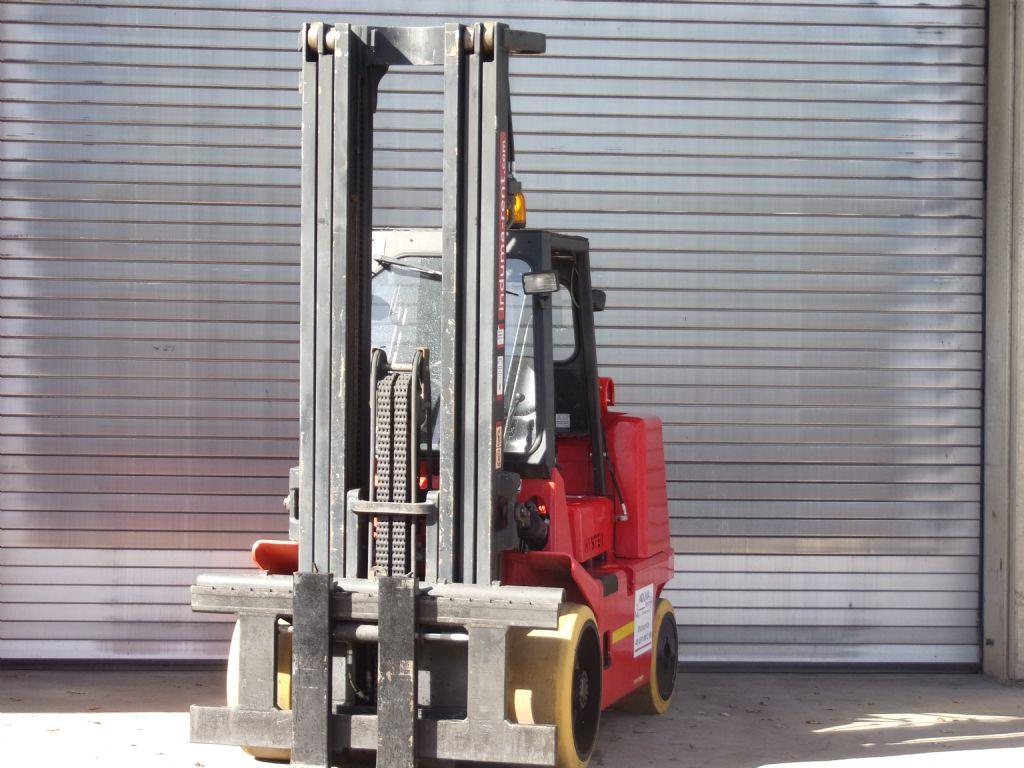 Hyster-S 7.00 XL-Treibgasstapler-http://www.induma-rent.com