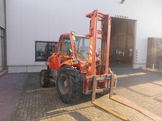 Manitou-M26-4-Geländestapler http://www.isfort.com