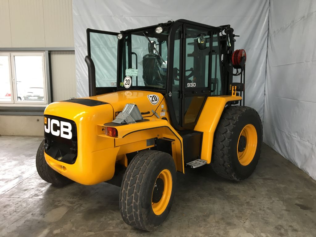 JCB-930-4-Geländestapler http://www.isfort.com