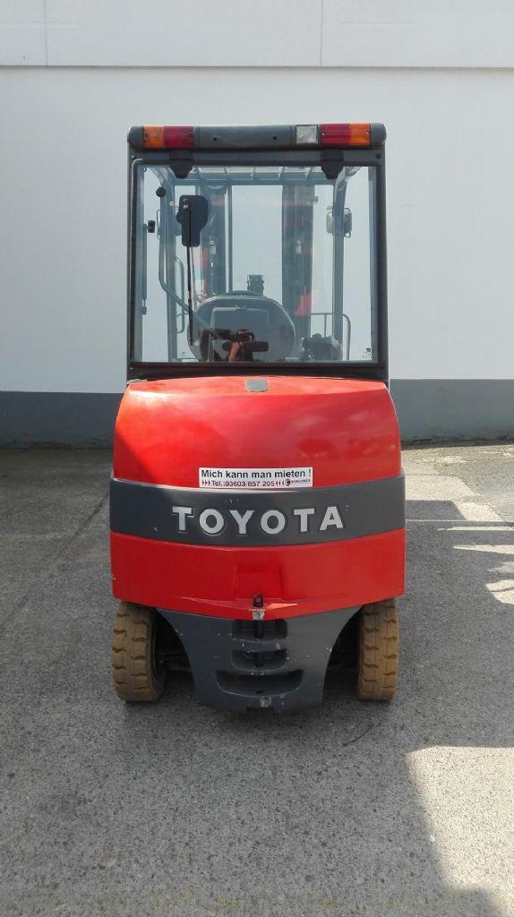 Toyota-7FBMF35-Elektro 4 Rad-Stapler http://www.kirchner-gabelstapler.de