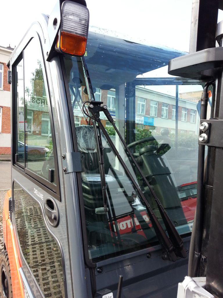 Toyota-06-8FDJ35F-Dieselstapler http://www.kirchner-gabelstapler.de