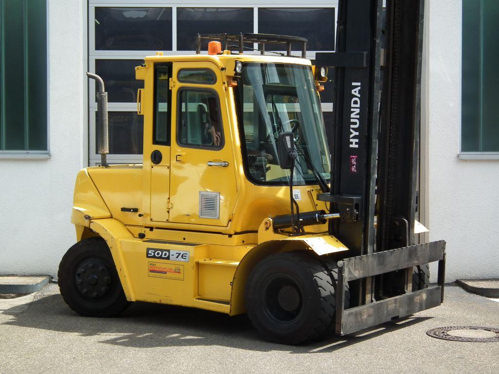 Hyundai-50D-7E-Dieselstapler-www.kloz-stapler.de