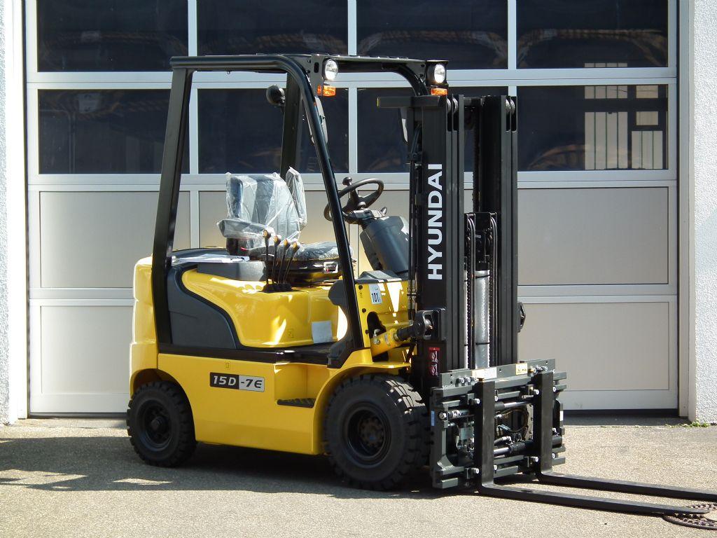 Hyundai-15D-7E-Dieselstapler-www.kloz-stapler.de