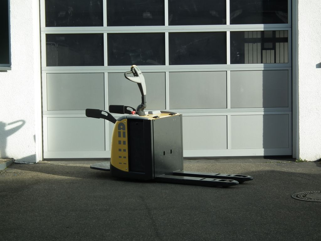 Atlet-PLP200-Niederhubwagen-www.kloz-stapler.de