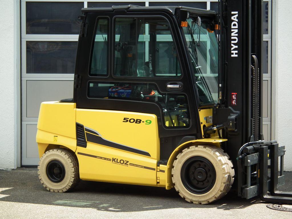 Hyundai-50B-9-Elektro 4 Rad-Stapler-www.kloz-stapler.de