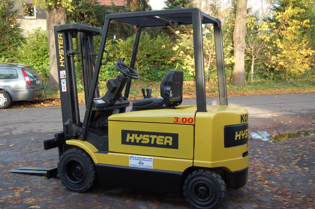 Hyster-J 3.00 XM-Elektro 4 Rad-Stapler-www.koop-gabelstapler.de