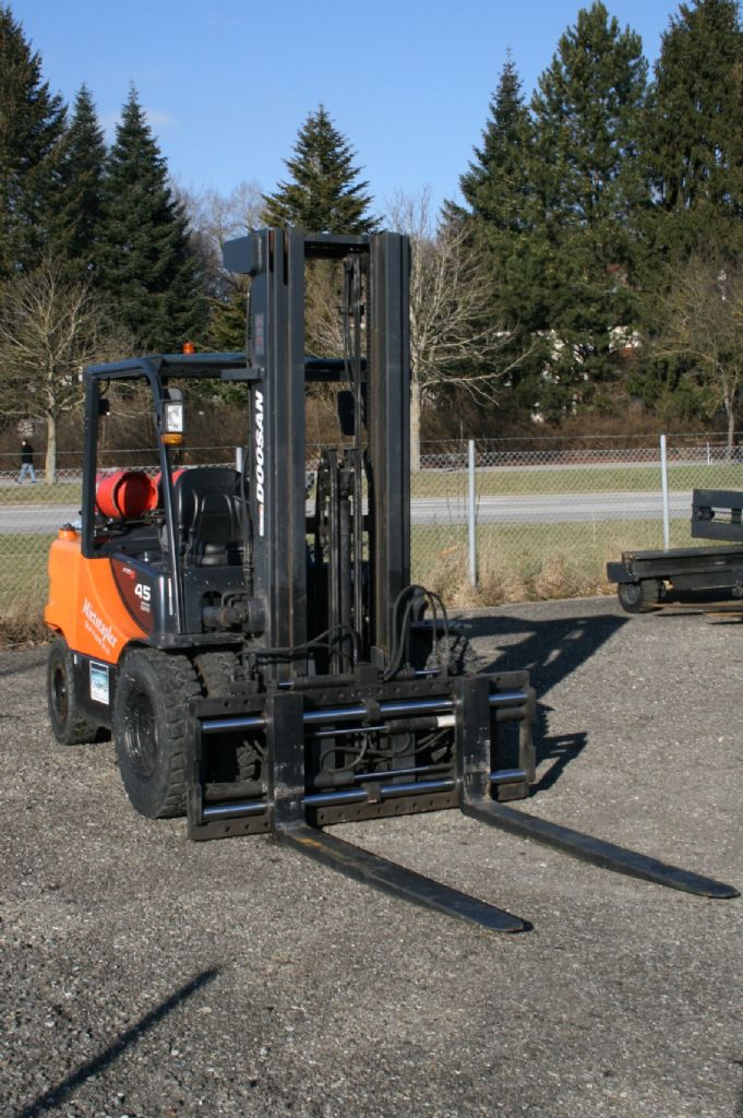 Doosan-G45SC-5-Treibgasstapler-http://www.kugler.net