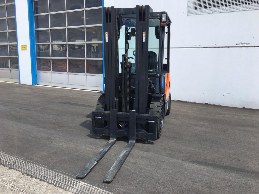 Doosan-D25S-5-Dieselstapler-http://www.kugler.net