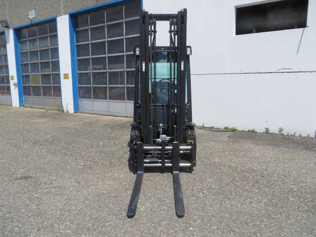 Doosan-G25E-5-Treibgasstapler-http://www.kugler.net