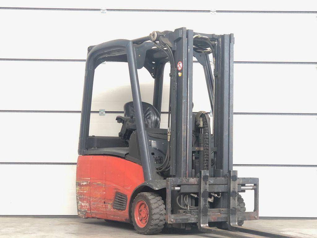Linde-E16-00-Elektro 3 Rad-Stapler www.lifthandling.com