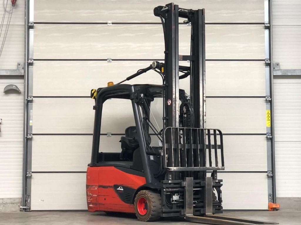 Linde-E20L-02-Elektro 3 Rad-Stapler www.lifthandling.com