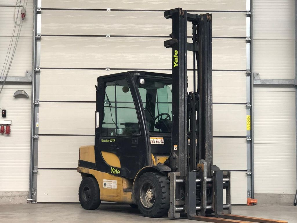 Yale-GDP35VX-Dieselstapler www.lifthandling.com
