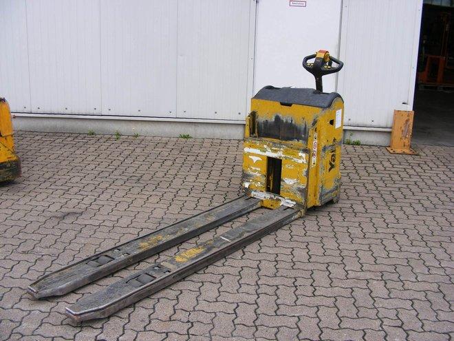 Yale-MP 30 HD-Niederhubwagen-http://www.mengel-gabelstapler.com