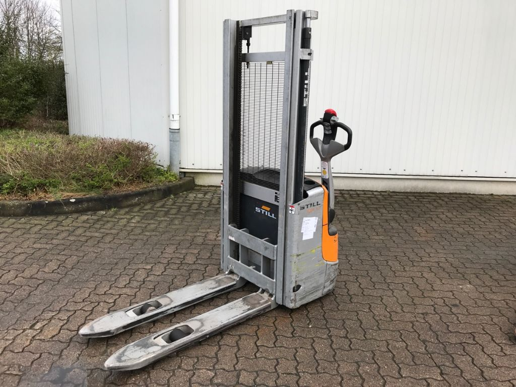 Still-EXV 10-High Lift stacker-www.mengel-gabelstapler.com