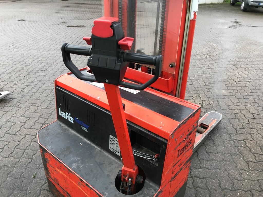 Lafis-LEC 16-High Lift stacker-www.mengel-gabelstapler.com