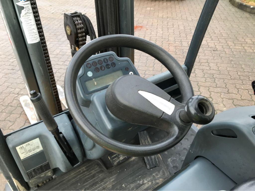 Jungheinrich-EFG 220-Elektro 3 Rad-Stapler-http://www.mengel-gabelstapler.com