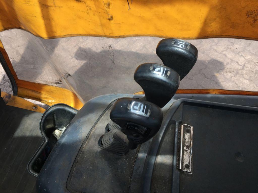 Jungheinrich-TFG 320-Treibgasstapler-http://www.mengel-gabelstapler.com