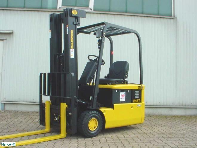 Daewoo-DAEWOO B 15 T-2-Elektro 3 Rad-Stapler-http://www.mengel-gabelstapler.com