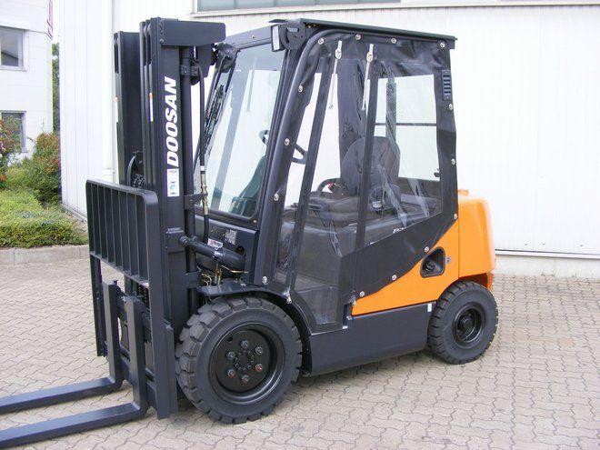 Doosan-D 30 SC-5-Diesel Forklift-www.mengel-gabelstapler.com
