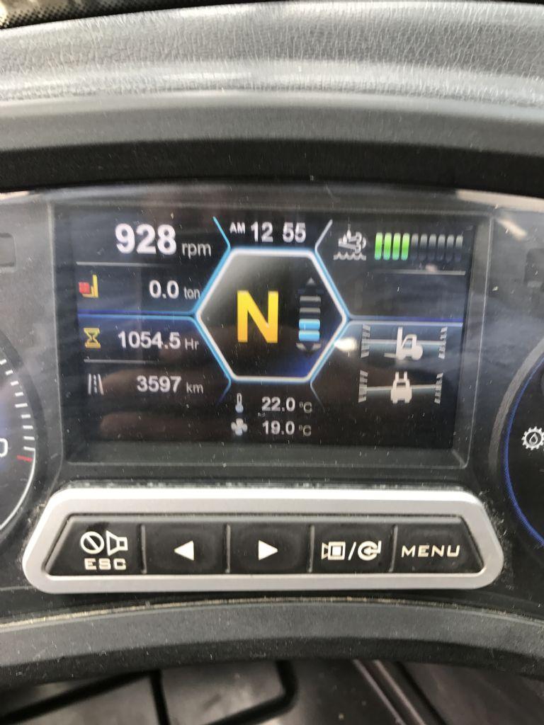Hyundai-70D-9-Dieselstapler-www.nikolic-gabelstapler.de