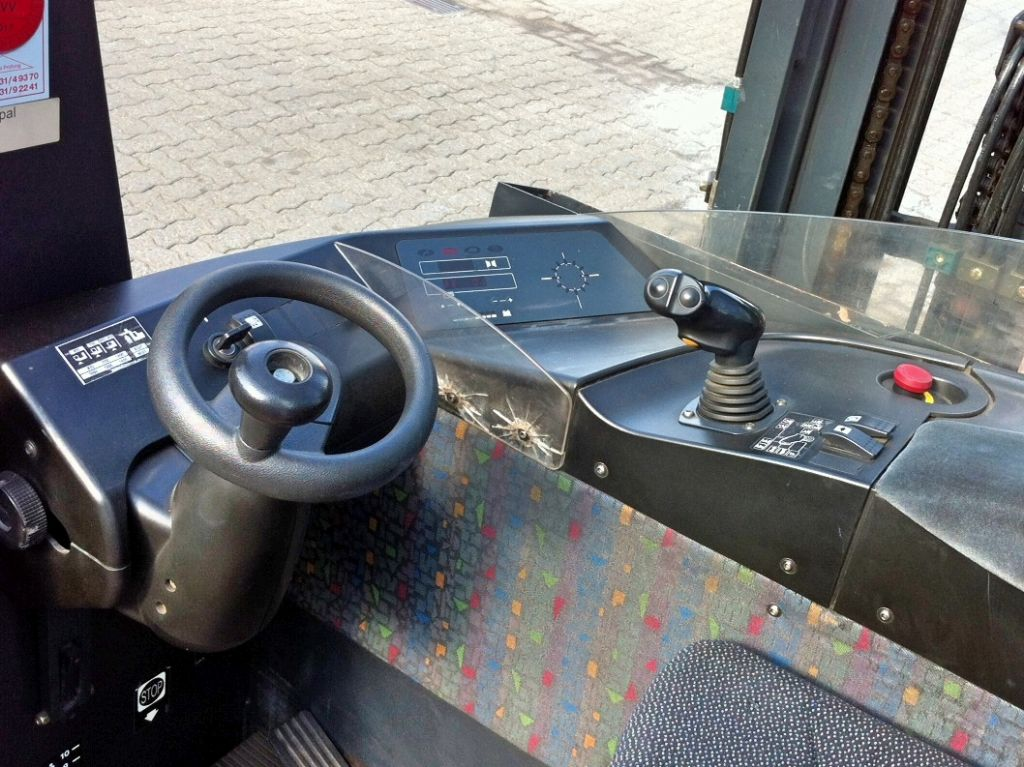 Still-FM 20i-Schubmaststapler-www.nikolic-gabelstapler.de
